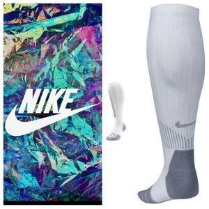 NEW!  Nike Elite Cushioned women's training socks